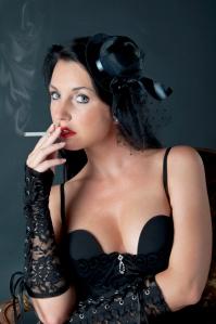 Fotomodel Angelina wurde eingesetzt für eine Burlesque Scene