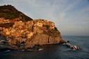 Manarola/Italien in den letzten Sonnenstrahlen des Tages