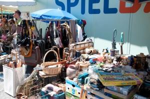 Auf dem Flohmarkt findet man tolle Requisiten für Fotoshootings