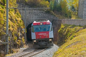 Rhaetische-Bahn_03