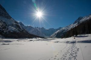 Rosegtal mit Gletscher